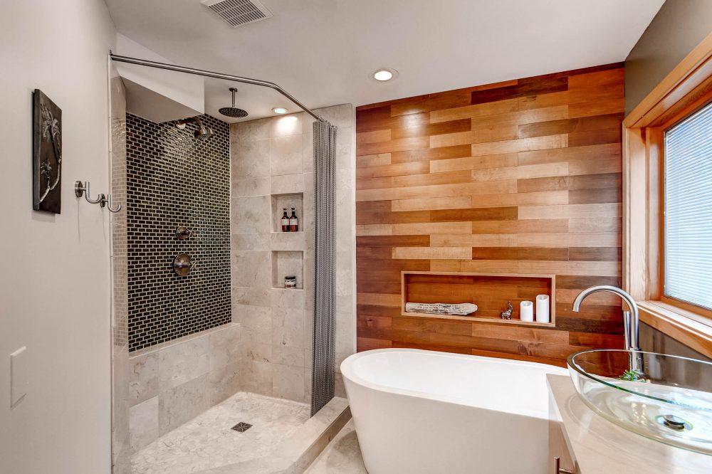 45 Master Bathroom Ideas 2019 (That Will Awe You) 31