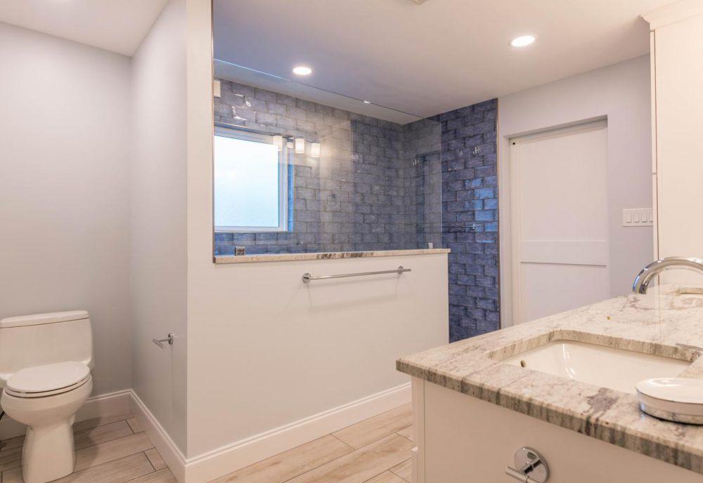45 Master Bathroom Ideas 2019 (That Will Awe You) 16