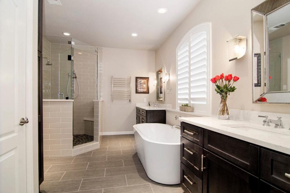 45 Master Bathroom Ideas 2019 (That Will Awe You) 29