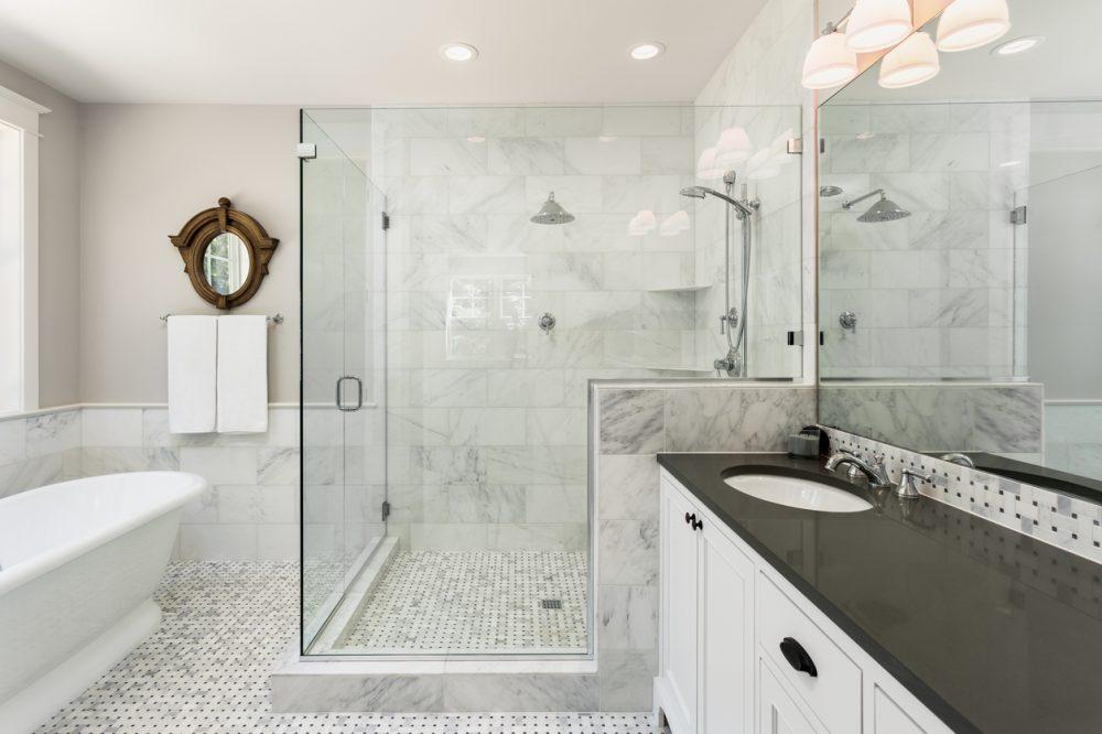 45 Master Bathroom Ideas 2019 (That Will Awe You) 22