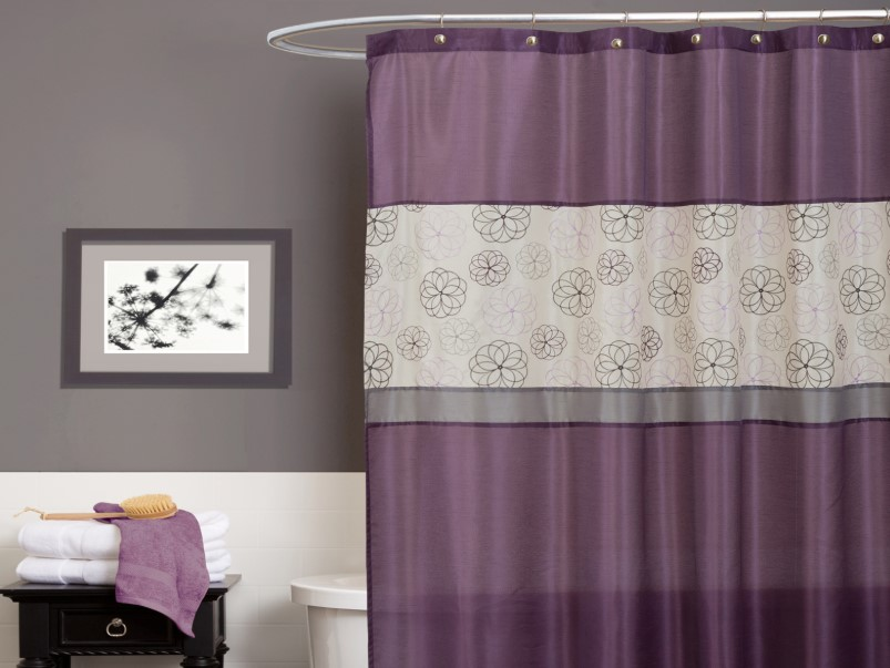 Bathroom Curtain Ideas to Live up Your Private Room 8