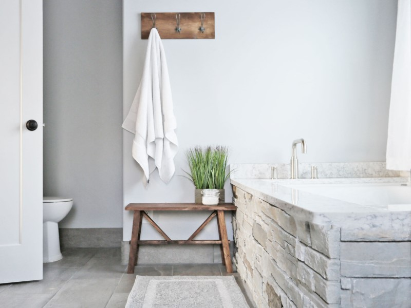 15 White Bathroom Ideas 2020 (Simple yet Elegant) 5