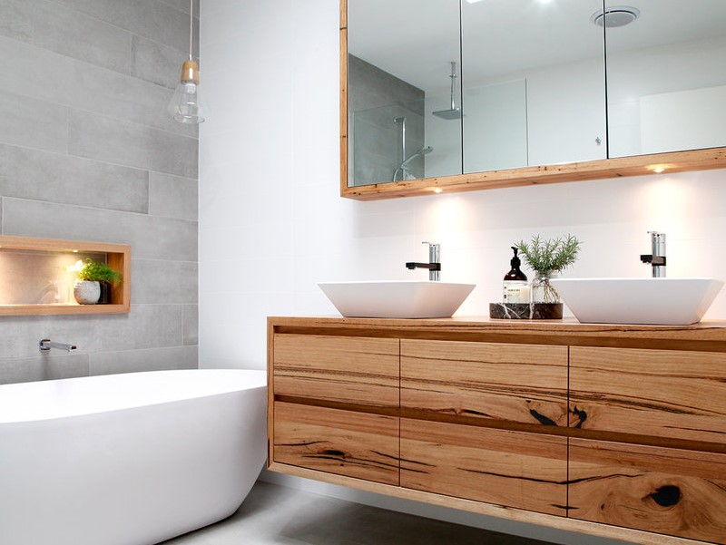 15 White Bathroom Ideas 2020 (Simple yet Elegant) 6